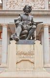 对地亚哥贝拉斯克斯的纪念碑(1899)。马德里,西班牙 免版税库存照片