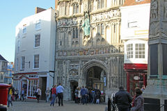 对坎特伯雷大教堂的入口 免版税库存图片