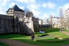 对城堡的看法从墙壁 免版税库存图片