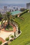 对城市海法和Bahai的看法从事园艺,海法北部以色列 免版税库存照片