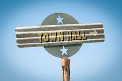 对城镇厅的路牌 免版税库存图片