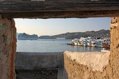 对城镇视图的mykonos 库存照片