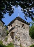 对塔的城堡门 免版税库存图片