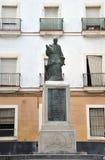 对多明戈在卡迪士古老海自豪感的de Silas主教的纪念碑  免版税库存图片