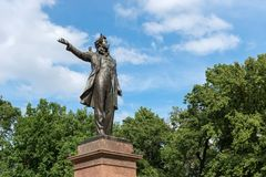 对大俄罗斯诗人亚历山大Pushkine grea的纪念碑 库存照片