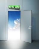 对天堂的新的生活门 免版税库存照片