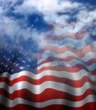 对天空的美国旗子退色 库存图片