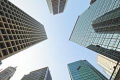 对天空的高层建筑物 免版税库存照片