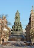 对女王Ekaterina的纪念碑 图库摄影