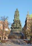 对女王Ekaterina的纪念碑 免版税库存照片