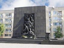 对少数民族居住区英雄的纪念碑在华沙 库存照片
