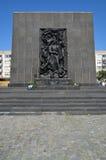 对少数民族居住区英雄的纪念碑 免版税库存照片