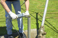 对工具的研的杂物工维修服务使用 图库摄影