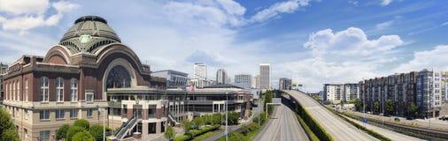 对市的高速公路塔科马华盛顿 免版税库存照片