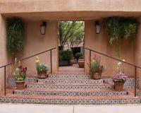 对庭院的步骤 免版税库存图片