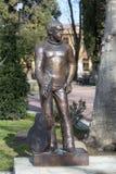 对弗拉基米尔・维索茨基的纪念碑在索契 俄国 库存图片