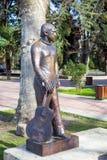 对弗拉基米尔・维索茨基的纪念碑在索契 俄国 图库摄影