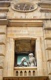 对恋人和猫的纪念碑 秃头 免版税库存图片