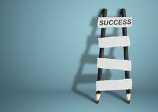 对成功概念,与空白的台阶的铅笔梯子,拷贝sp的方式 免版税库存图片