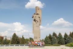 对战士的纪念碑在战争中 库存照片