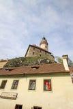 对捷克克鲁姆洛夫历史的城堡的看法  cesky捷克krumlov中世纪老共和国城镇视图 库存图片