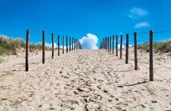 对方式的天堂沙子 库存图片