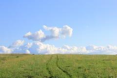 对方式的天空 免版税图库摄影