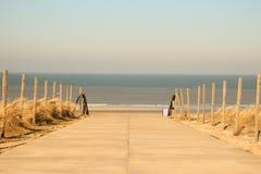对方式的海滩 免版税图库摄影
