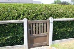 对无处的花园大门 免版税库存照片