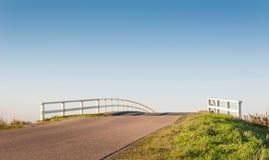对无限的桥梁 库存图片