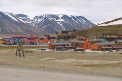 对朗伊尔城,挪威镇的看法  免版税图库摄影