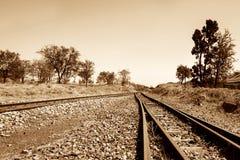 对未知数的铁轨 免版税库存图片