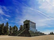 对未知的英雄的纪念碑在贝尔格莱德 免版税图库摄影