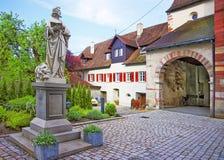 对本尼迪克特教团圣玛丽的入口和标记修道院在Reichenau 免版税库存照片