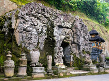 对果阿Gajah圣所洞的入口 图库摄影