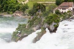 对欧洲最大的瀑布的看法  图库摄影