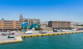 对比雷埃夫斯港口的方法 库存图片