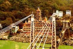 对永恒的桥梁:13个故事寺庙 库存照片