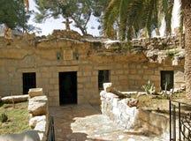 对洞的入口在牧羊人的域在Beit Sahour附近的伯利恒,以色列 库存图片