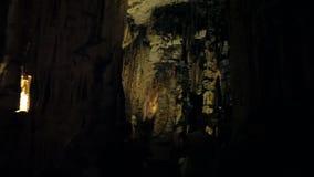对洞D `阿尔塔的游览在马略卡海岛上  股票视频