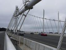 对海湾桥梁奥克兰边的新的步行通入 图库摄影