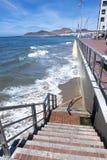 对海滩的楼梯 库存照片