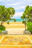 对海滩的道路方式 免版税图库摄影