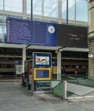对火车站的入口在温特图尔,瑞士 库存图片