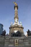 对独立的天使纪念碑在墨西哥DF 图库摄影