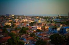 对班珠尔和冈比亚河城市的空中全景视图 库存照片