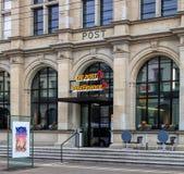对瑞士邮局的入口在温特图尔,瑞士 免版税库存图片