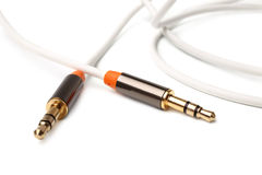 对男性3,5mm普遍性g的辅助音频立体声缆绳绳子男性 库存照片
