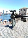 对白鹭的羽毛的雕塑进贡 库存图片