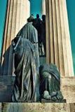 对的纪念碑下落特雷维索叫& x22;Gloria& x22; 免版税库存照片
